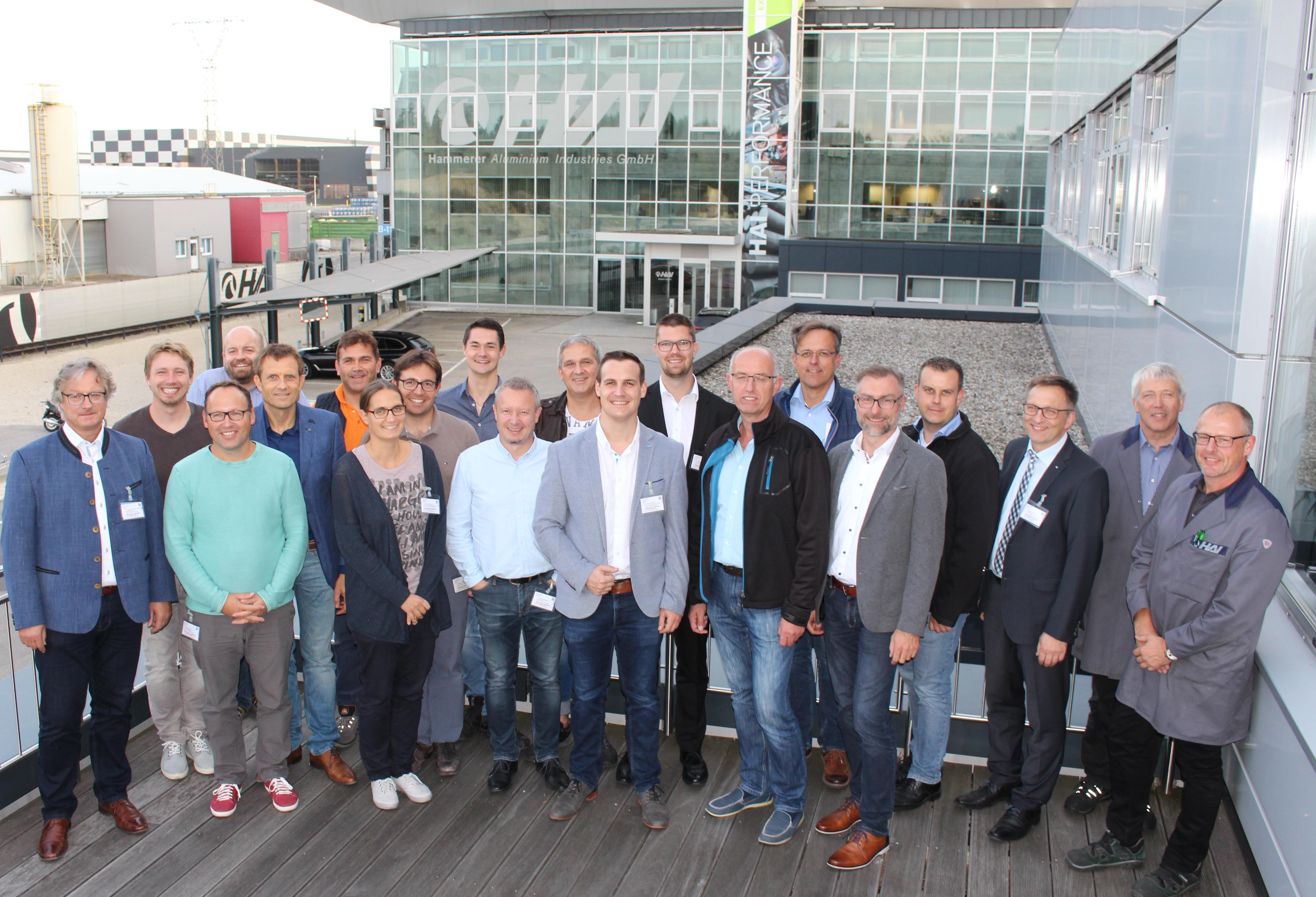 HAI - News - Wirtschaftsjunioren Rottal-Inn zu Gast bei HAI Ranshofen
